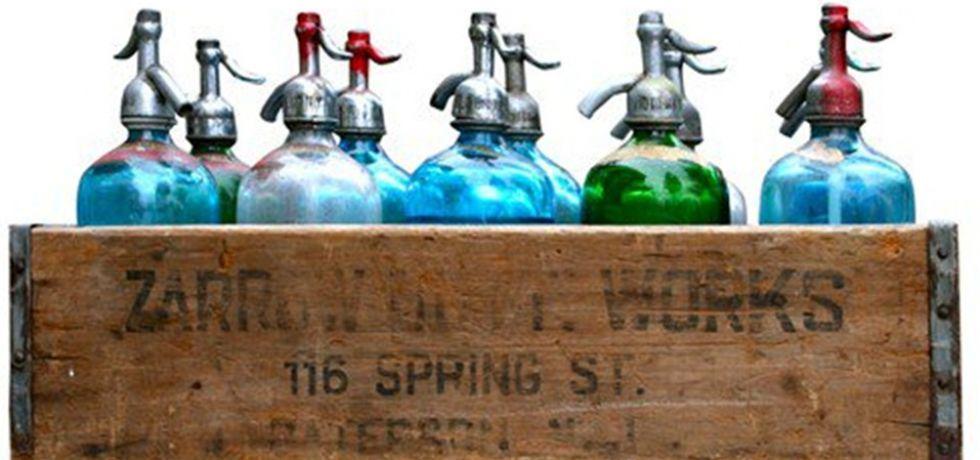 10 Seltzer Bottles in Original Crate